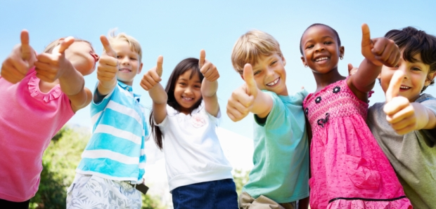 kids-thumbs-up-crop