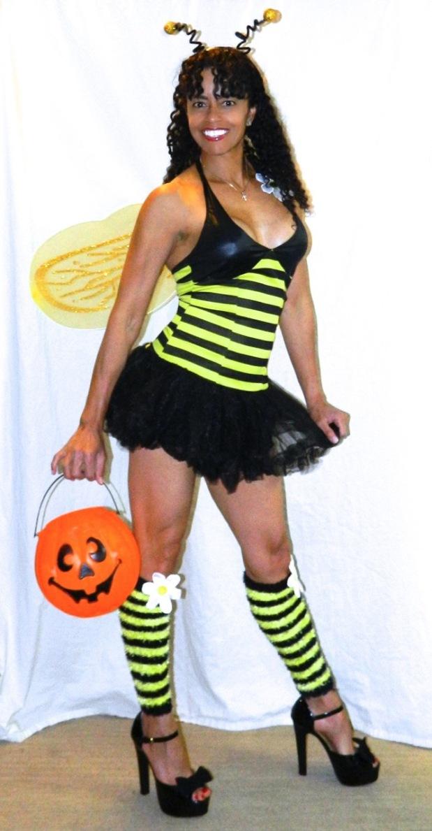 1 Halloween Bee